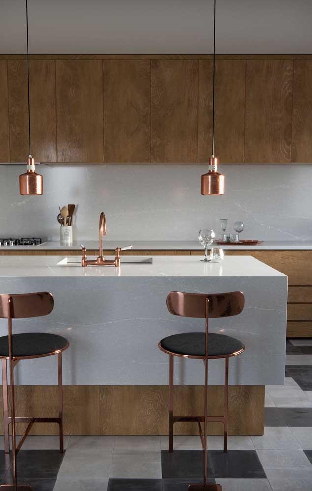 Combinar o nanoglass com móveis de madeira é a melhor opção para quem deseja um ambiente elegante rústico ao mesmo tempo.