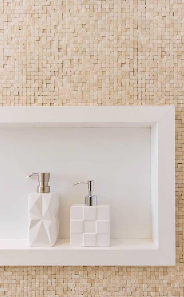 Sabe aquele cantinho do banheiro que você coloca o sabonete? Pode ser feito com nanoglass.