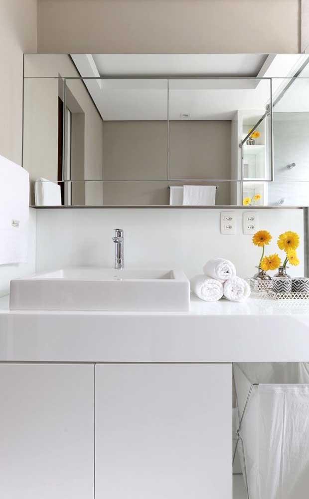 Outro cômodo perfeito para usar o nanoglass é o banheiro.