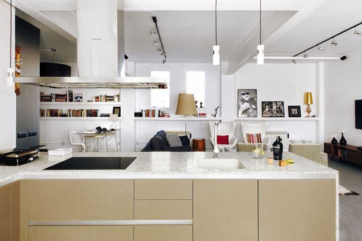 Você pode escolher uma bancada diferenciada para colocar na sua cozinha.