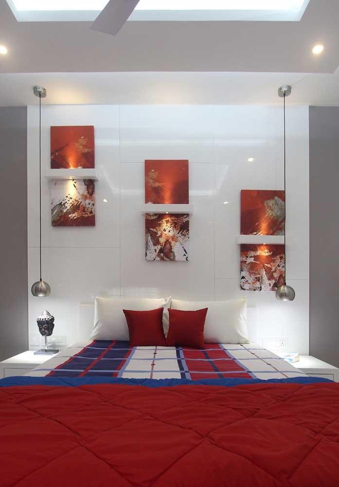 Saiba escolher os itens decorativos na hora de decorar o quarto vermelho e branco.