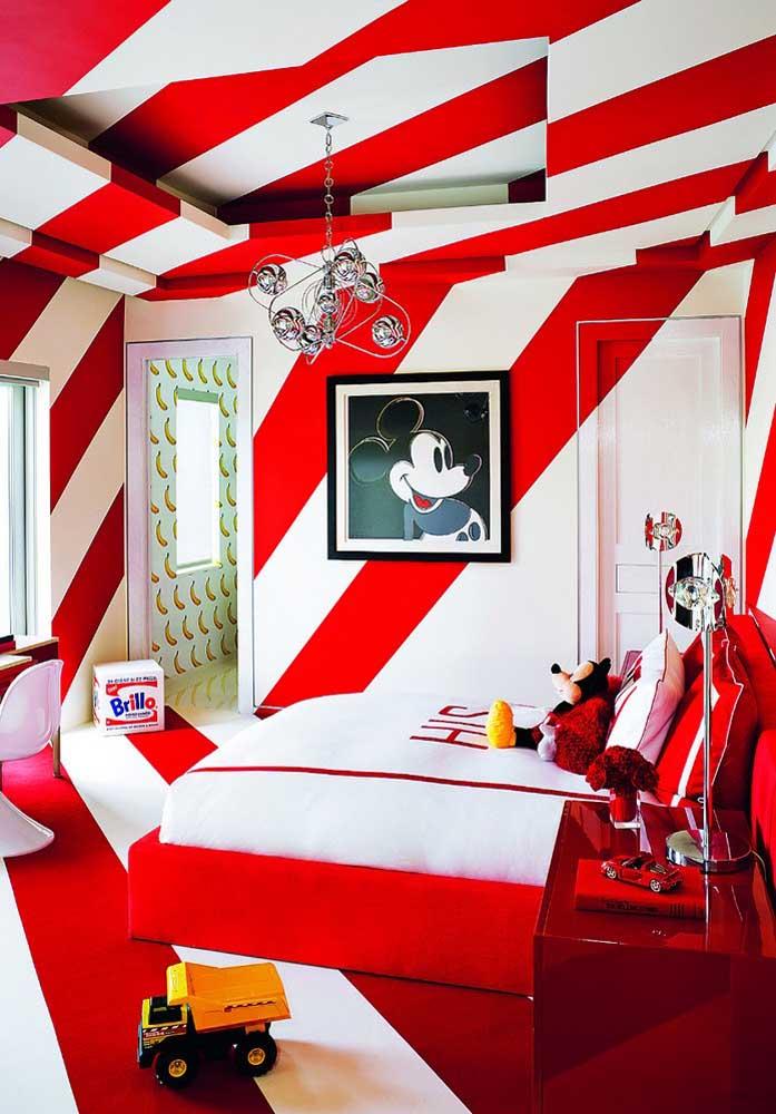 Que tal fazer a decoração do quarto infantil inspirada no Mickey? Já sabe que a cor vermelha é predominante na decoração.