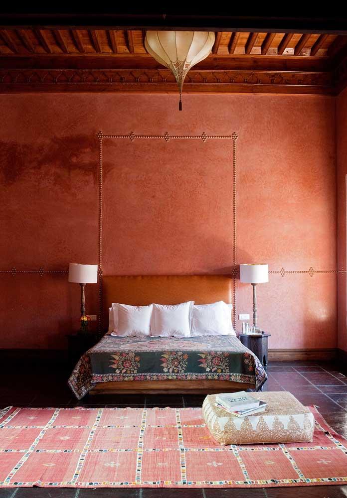 Agora se você deseja ter um quarto no estilo mais rústico, pode apostar nesse modelo de papel de parede.