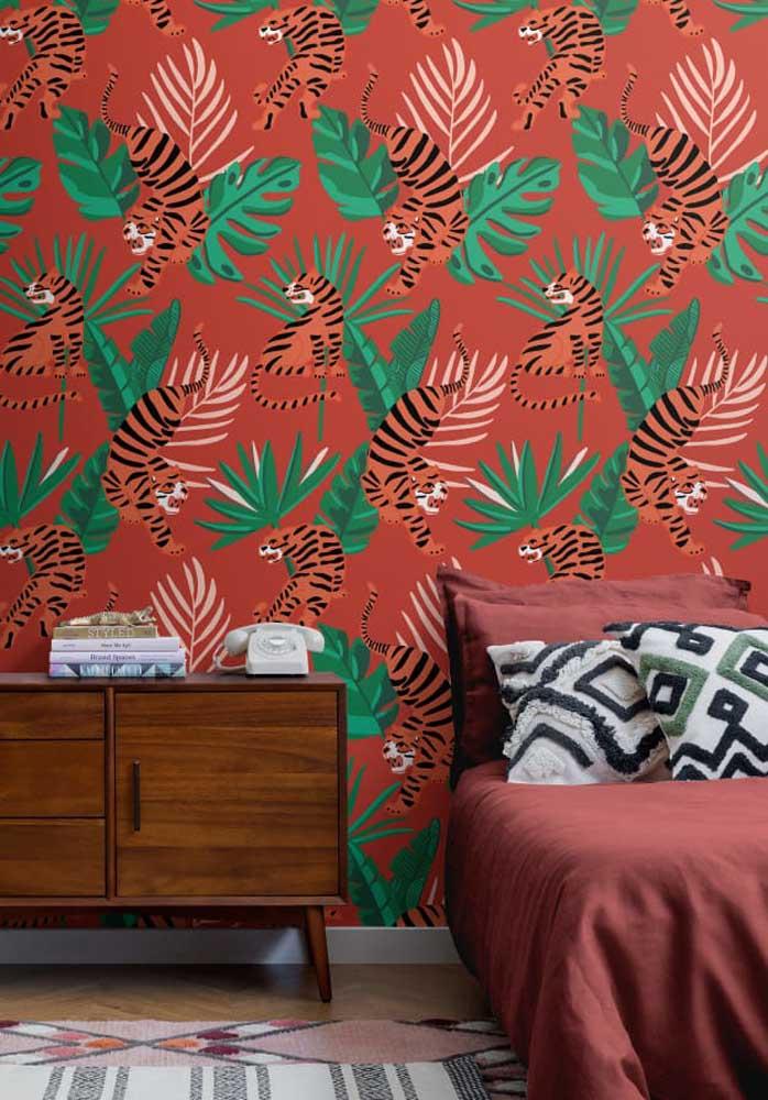 Olha que papel de parede totalmente diferenciado para fazer um quarto vermelho.
