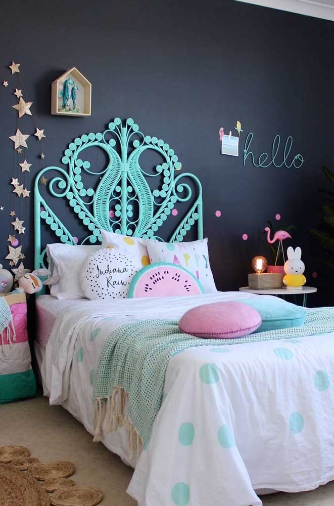 Combine a decoração com móveis e painéis certos.