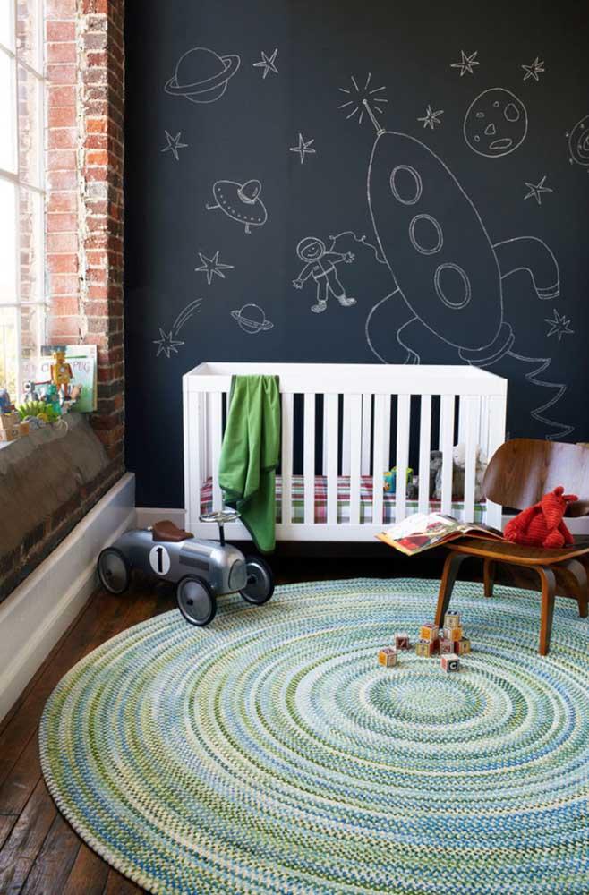 Use a imaginação no painel do quarto das crianças.