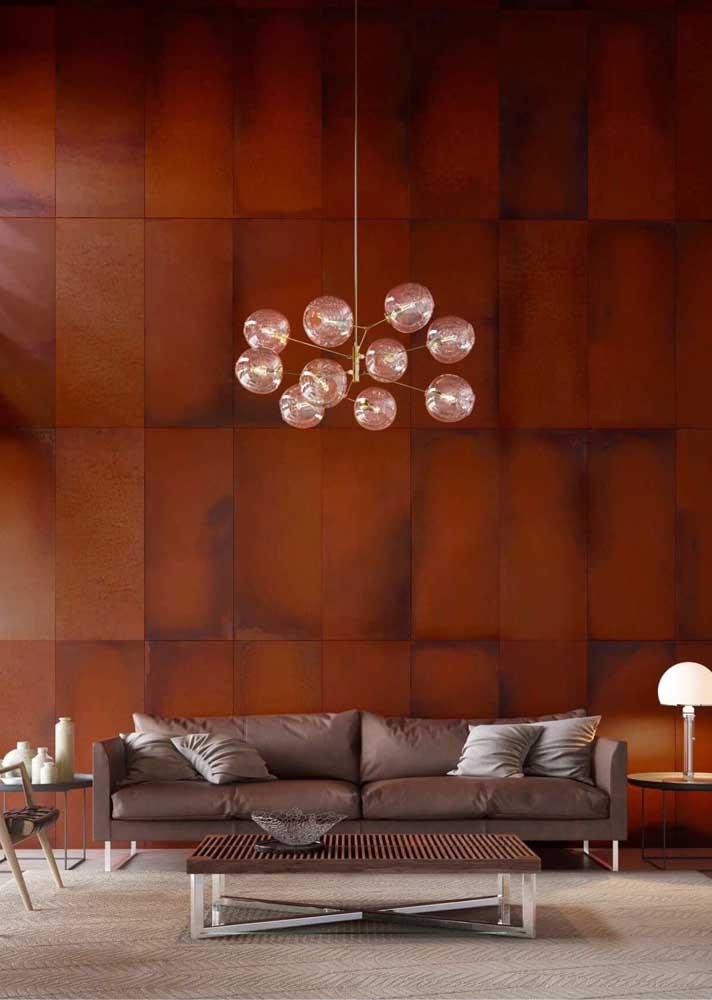 Uau! Que parede sensacional feita com aço corten.