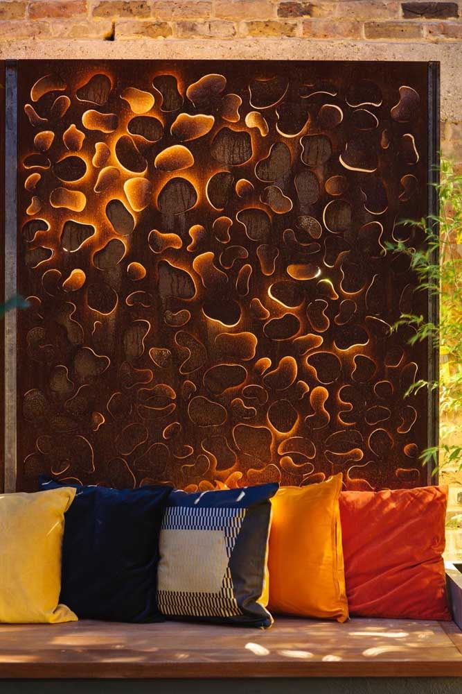 Aposte em itens decorativos feitos com aço corten.