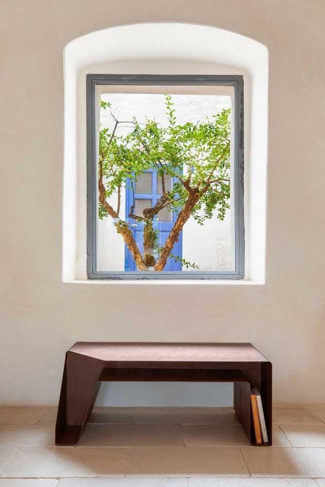 O aço corten também pode ser usado no mobiliário da casa.