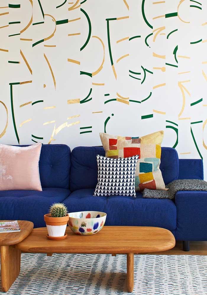 As almofadas coloridas são acessórios perfeitos para deixar o ambiente mais confortável.
