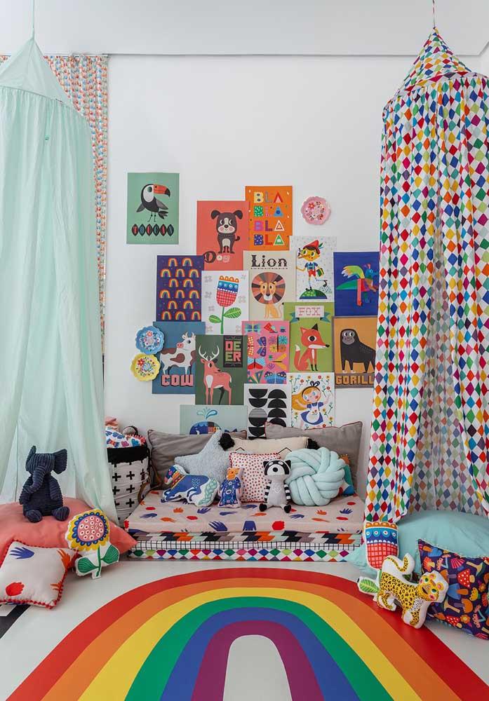 Faça uma decoração totalmente colorida no quarto das crianças.