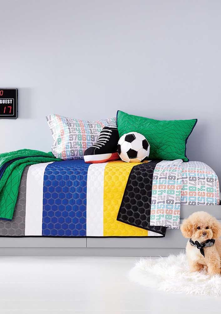 Modelo de almofadas divertidas indicadas para quartos de meninos.