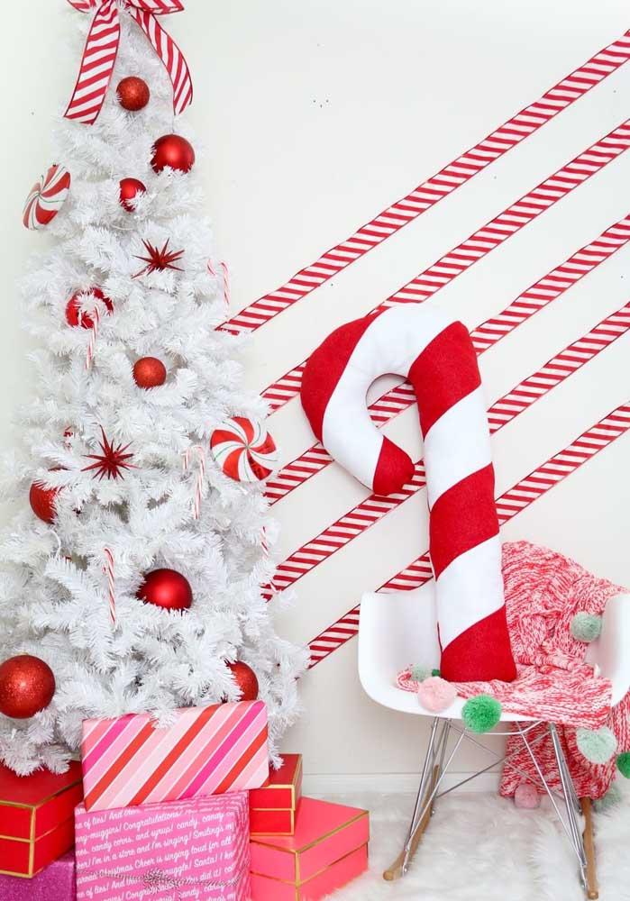 Que tal já preparar a casa para receber o natal com almofadas divertidas?