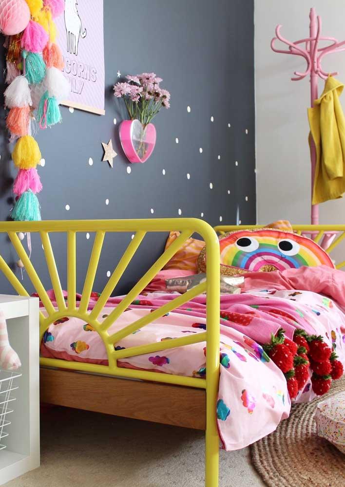 Crie um ambiente divertido e colorido no quarto das crianças.