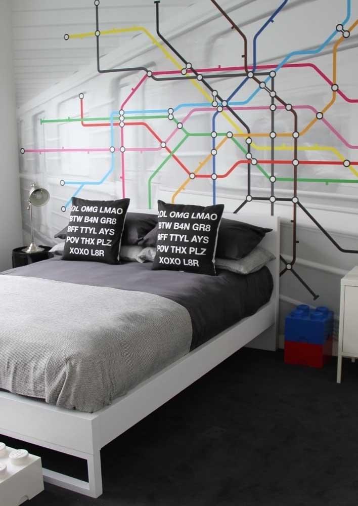 Que tal fazer uma decoração bem moderna usando almofadas com frases?