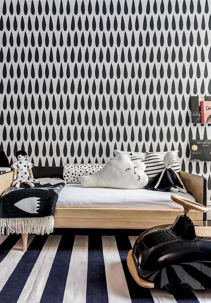 Olha que decoração diferenciada com vários elementos decorativos seguindo um estilo minimalista.
