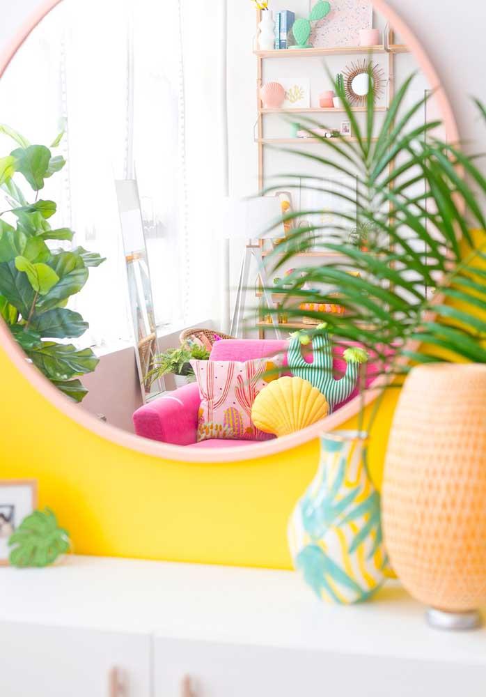 Já pensou em fazer almofadas divertidas no formato de plantinhas? Sua decoração deve ficar ainda mais especial.