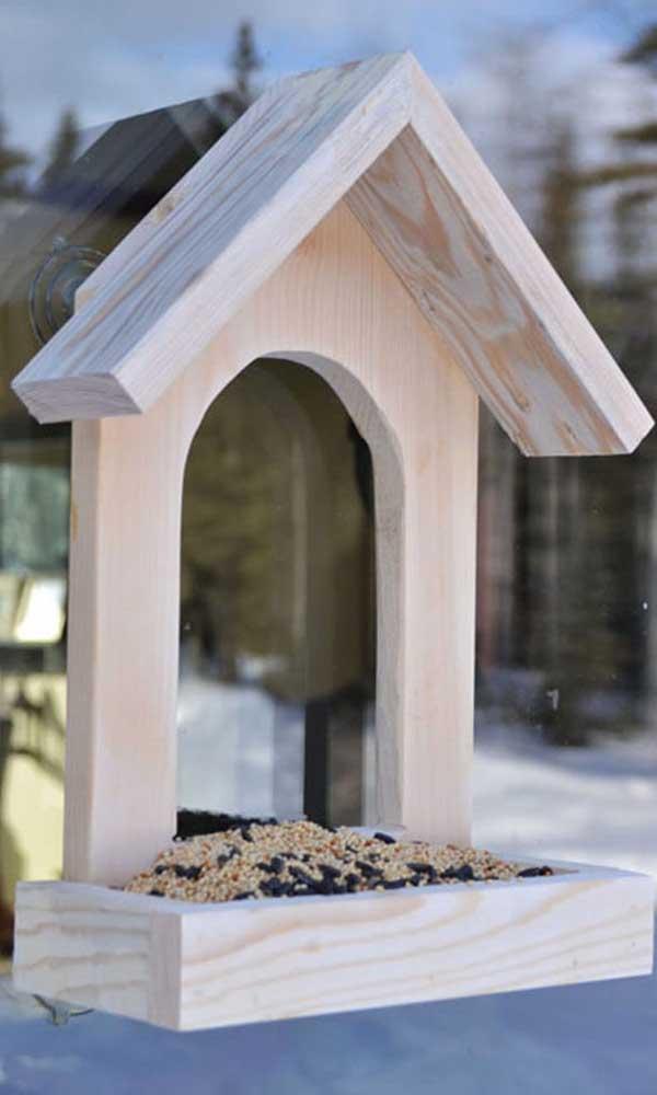 O artesanato em madeira MDF é perfeito para usar em qualquer cantinho da casa.