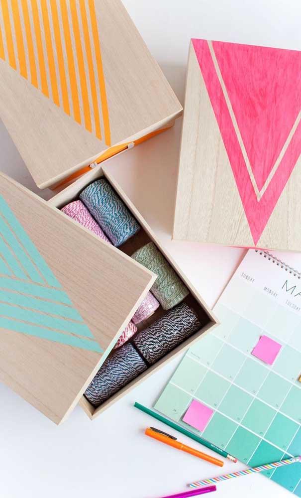 Organize seus objetos dentro de caixinhas personalizadas.