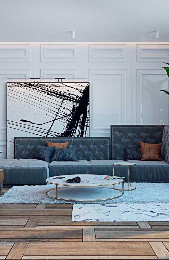 Que tal destacar a sua sala de estar com a técnica Boiserie de gesso?