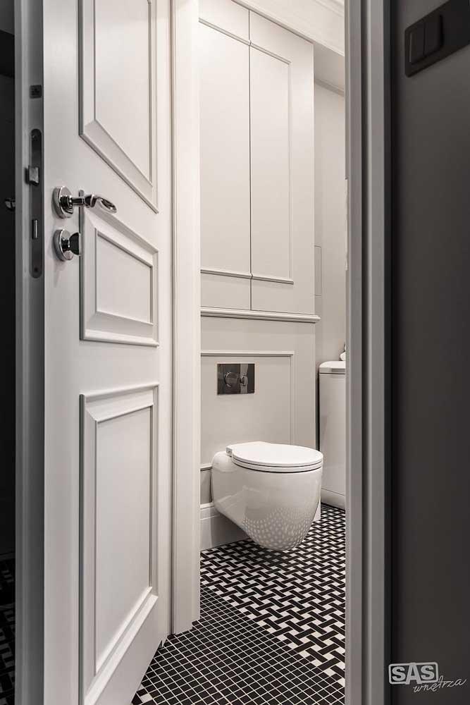 Sabia que é possível aplicar a técnica de Boiserie no banheiro?