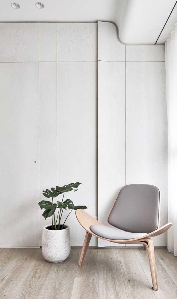 Você pode escolher o carpete de madeira na cor de sua preferência.