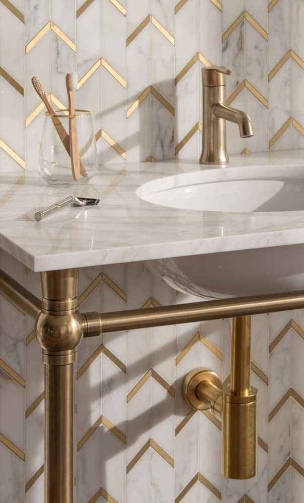 Olha que cuba para banheiro mais luxuosa e sofisticada.