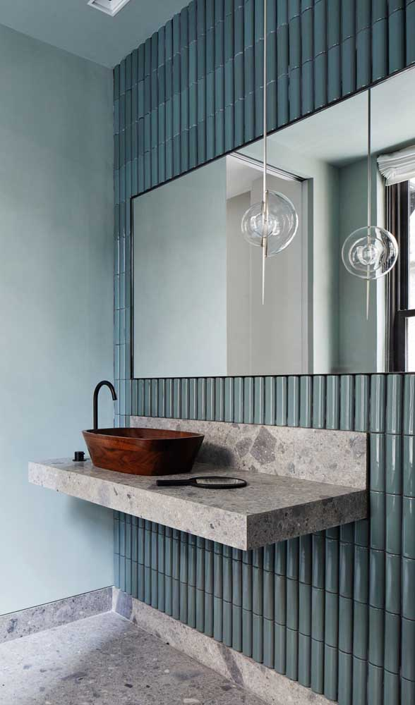 Você sabia que é possível escolher uma cuba para banheiro feita de madeira?
