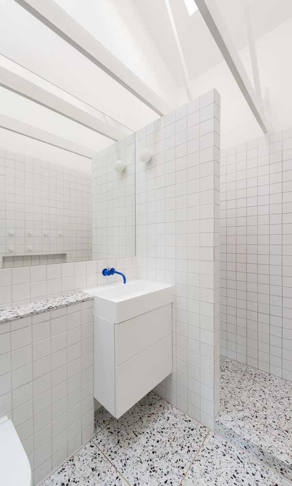 Dependendo do modelo de cuba escolhida, dá para encaixar em qualquer cantinho do banheiro.