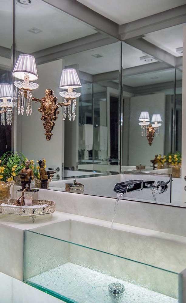 Que tal deixar o ambiente mais clean com uma cuba de vidro para banheiro?