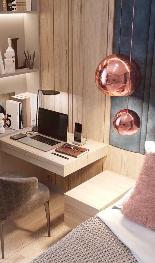 Que tal usar um painel com escrivaninha para quarto?