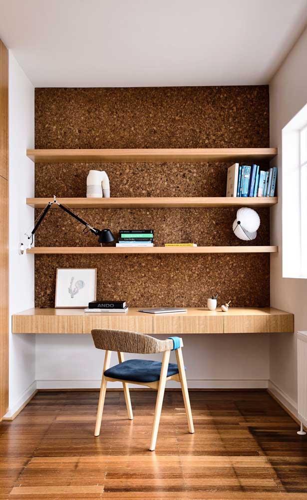 Ou você pode optar por um revestimento diferenciado para encaixar a escrivaninha de parede para quarto.