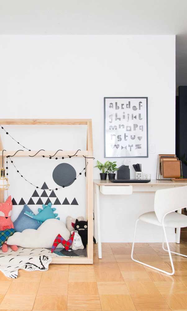 Escolha um modelo de escrivaninha que combine com o restante da decoração do quarto.