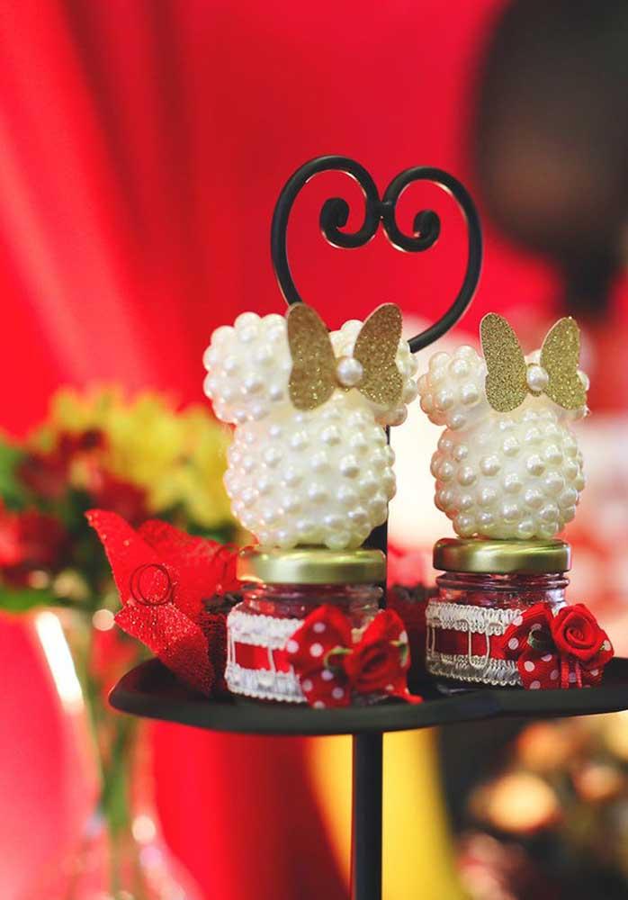 Na festa da Minnie você pode criar lindos mimos para decorar ou presentear os convidados.