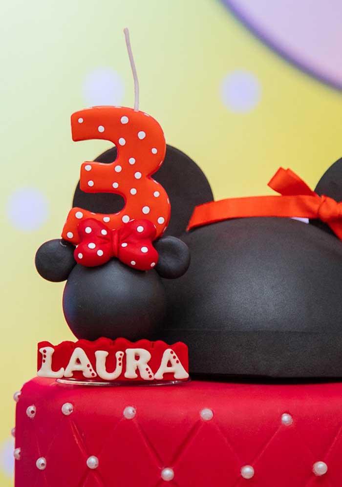 Já sabe como vai decorar o bolo da Minnie? Inspire-se nesse modelo.