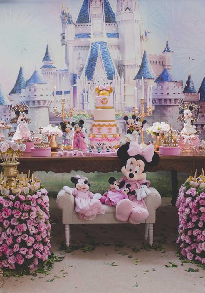 Dá para fazer um belo painel na festa de aniversário da Minnie?