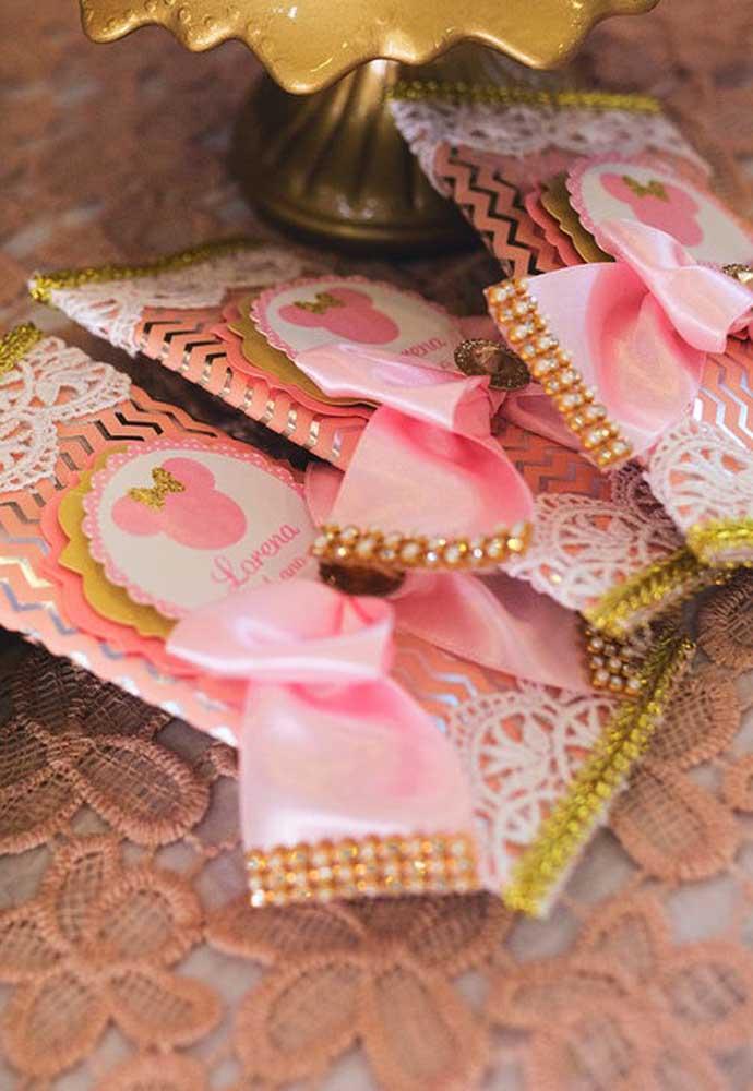 Que tal você mesmo preparar os mimos para os convidados do aniversário da Minnie?