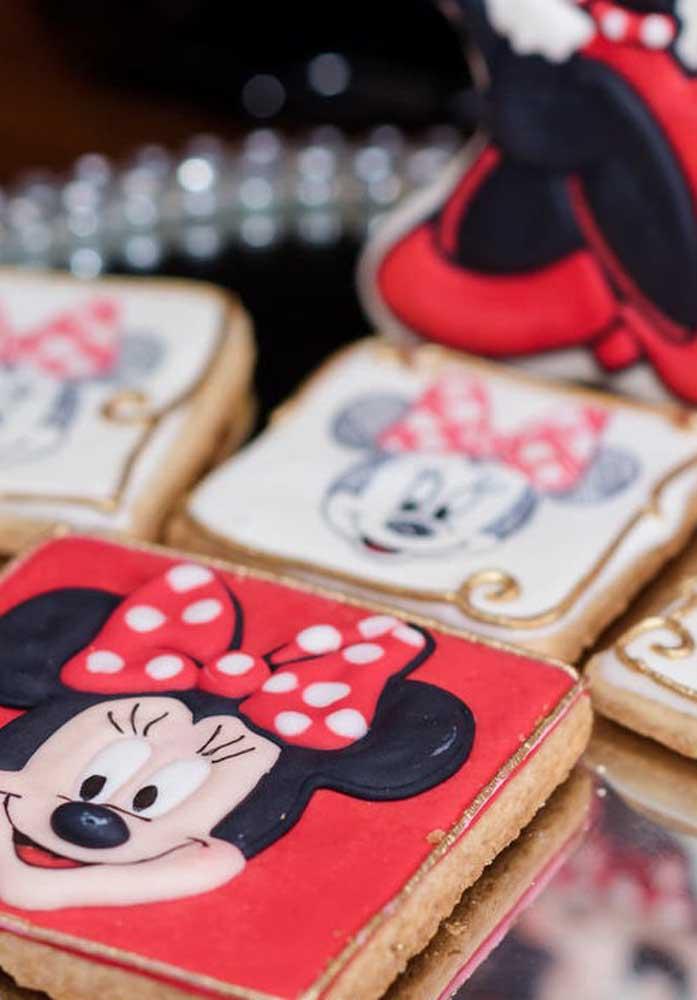 As crianças vão amar esses biscoitos com a carinha da Minnie.
