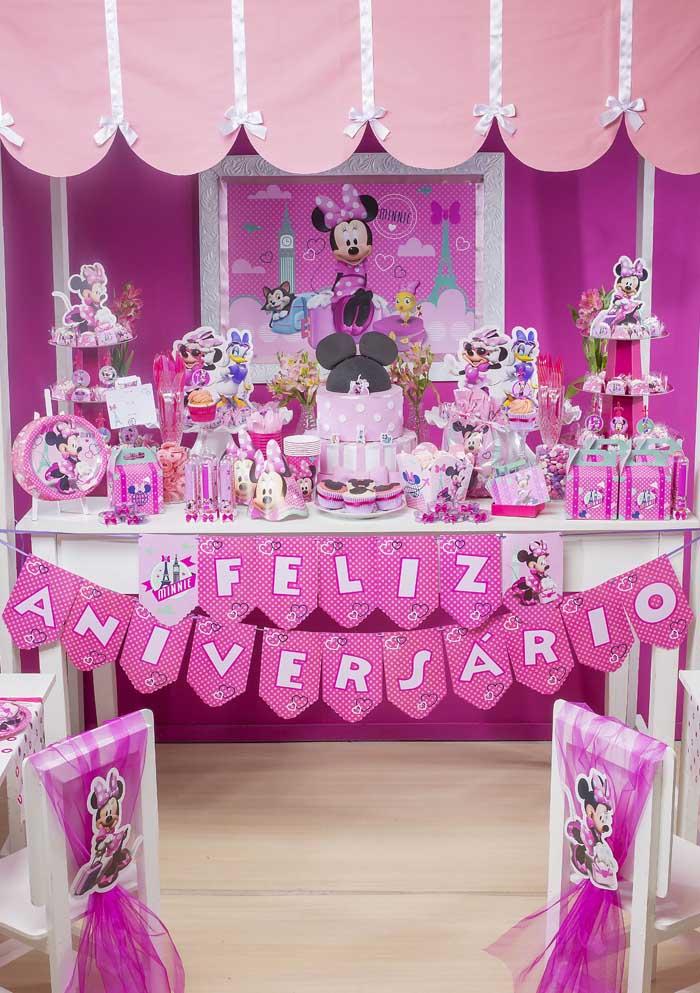 A festa da Minnie rosa é uma grande tendência, principalmente, para as meninas que não abrem mão dessa cor.