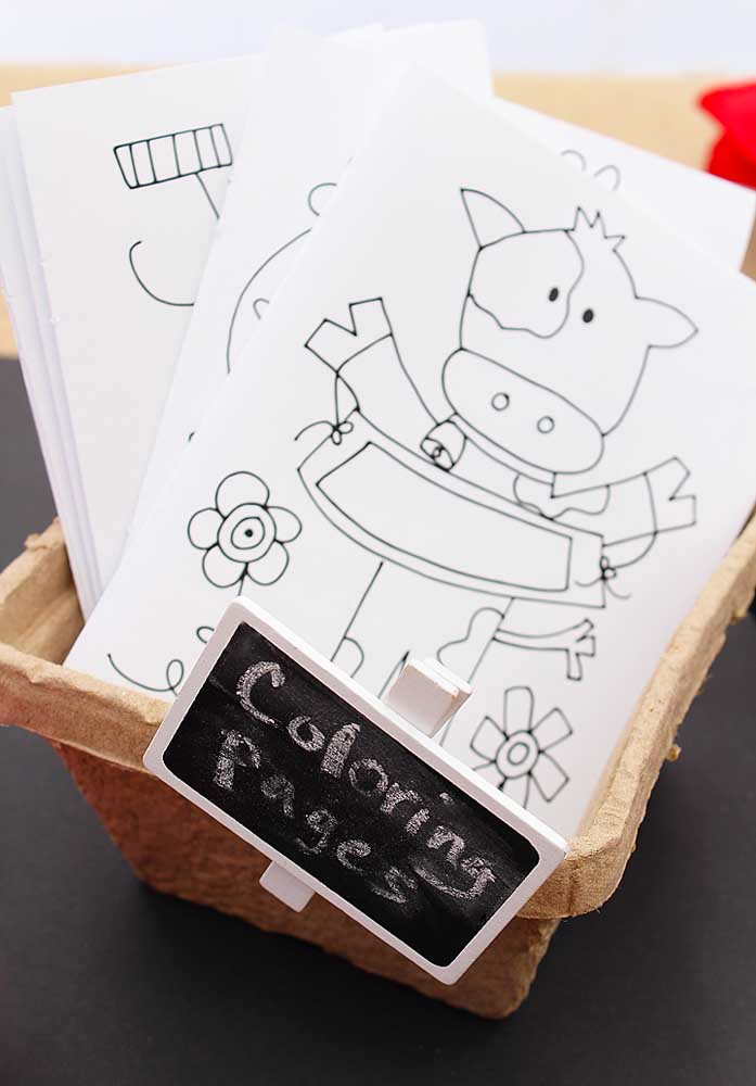 Reserve um espaço para as crianças usarem a criatividade e imaginação.