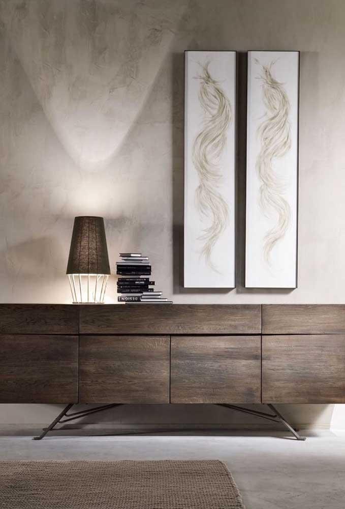 Escolha os elementos decorativos de acordo com a textura marmorato.