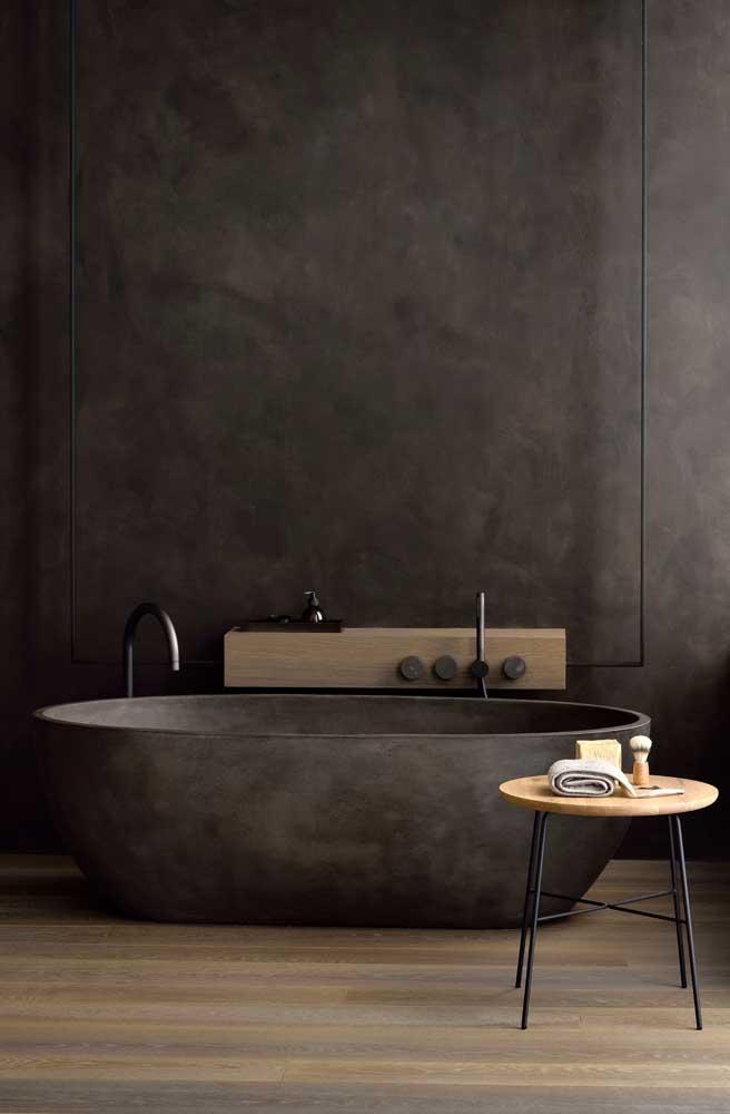 Já pensou em fazer um banheiro todo preto com marmorato?