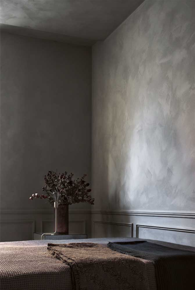 Você pode pintar o quarto inteiro com tinta marmorato.