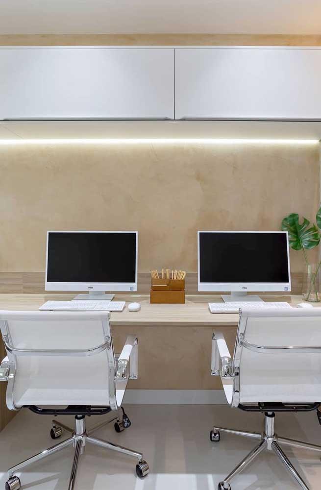 Veja como o ambiente fica elegante com a textura marmorato.