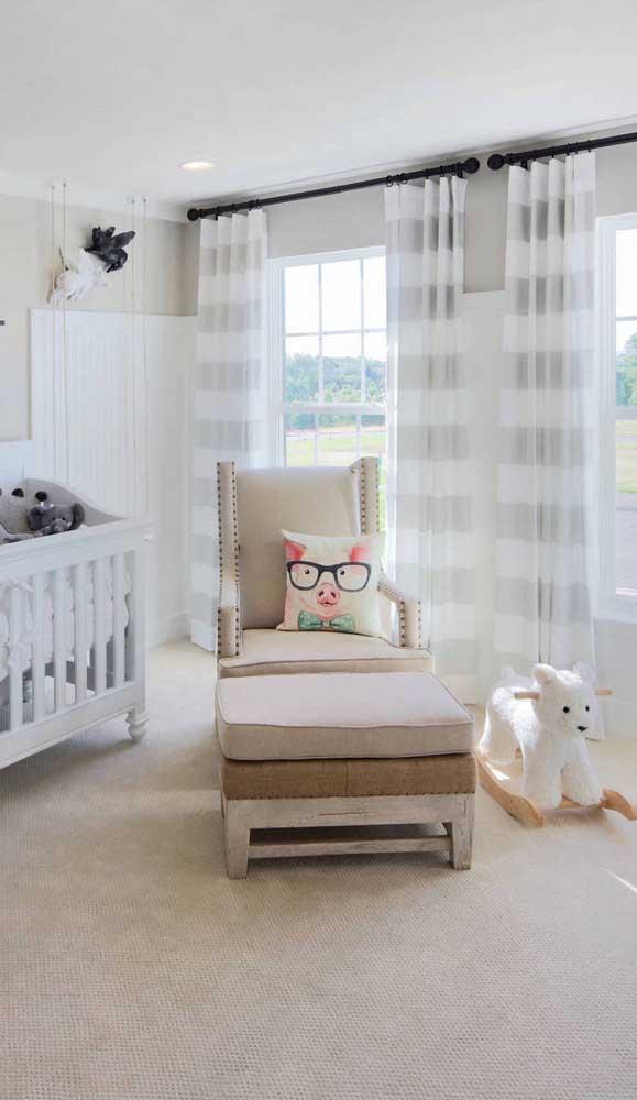 Deixe a poltrona de amamentação mais confortável na hora de amamentar o bebê.