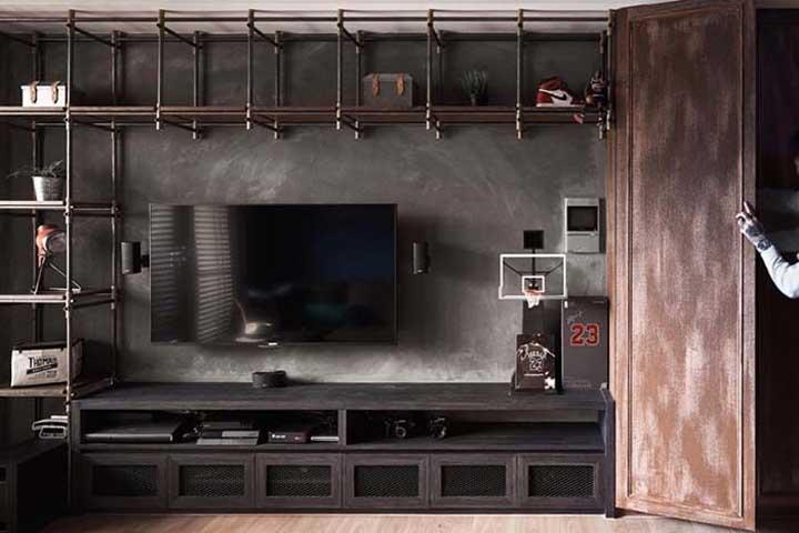 Você pode usar a parede inteira da sala para instalar o rack.