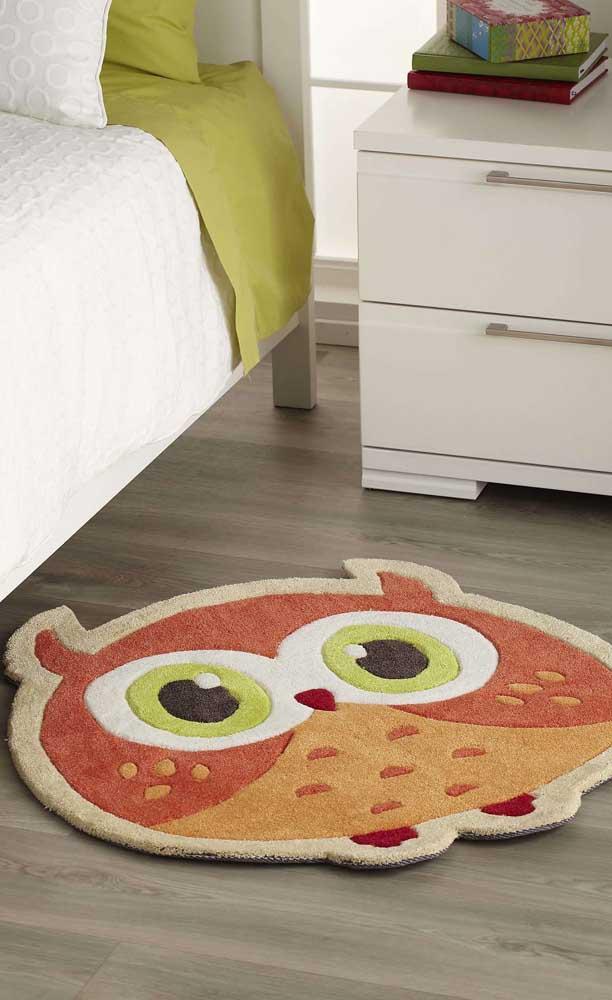 Existem vários modelos de tapetes de coruja que você pode escolher para sua decoração.