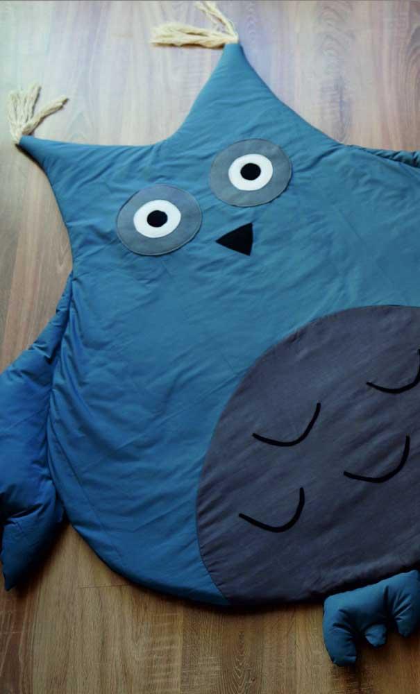 Quem não deseja dar um abraço gostoso nesse tapete de coruja?