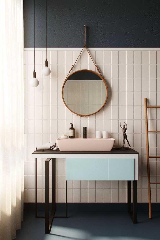 Se você tem um banheiro feminino pequeno, pode fazer uma decoração mais simples.