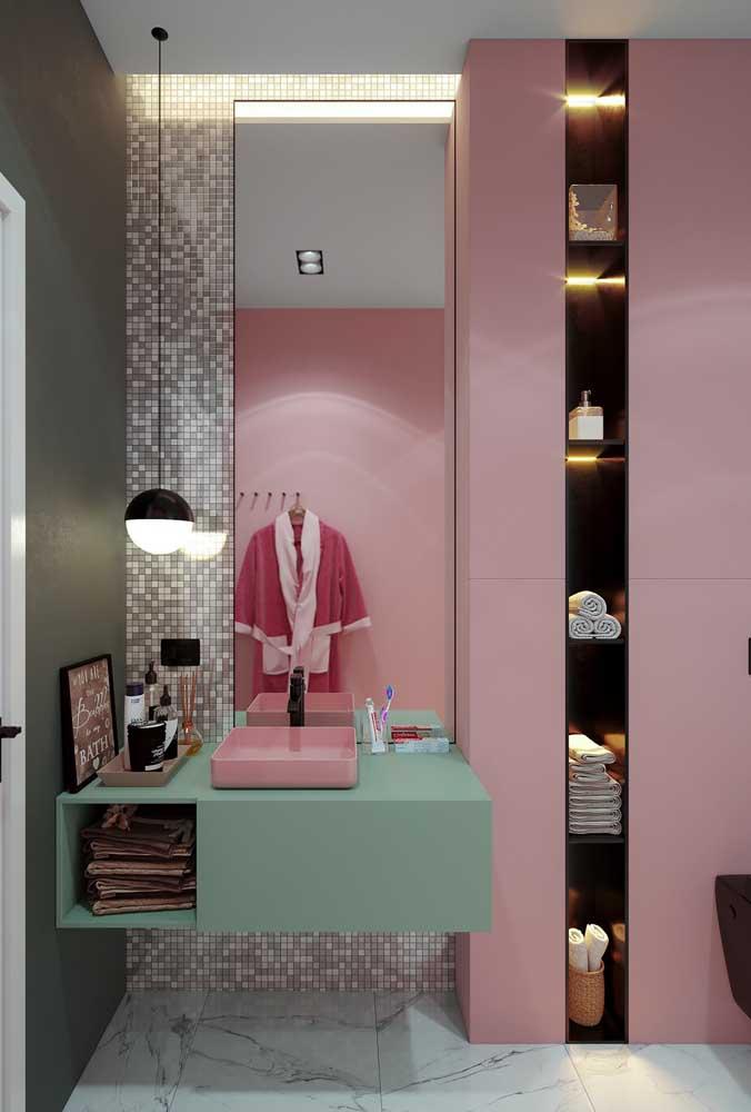 Saiba escolher adequadamente os móveis e itens decorativos do banheiro feminino.
